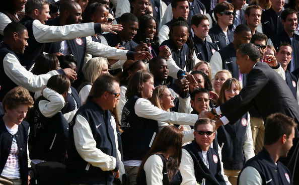 Barack Obama_greets_members_of_US_Olympic_and_Paralympics_teams_September_14_2012