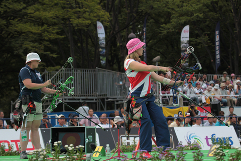 Danielle Brown_competing_at_World_Cup_final_Tokyo_September_22_2012