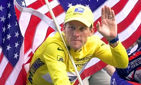 Lance Armstrong_riding_down_Champs_de_Elysees_with_US_flag