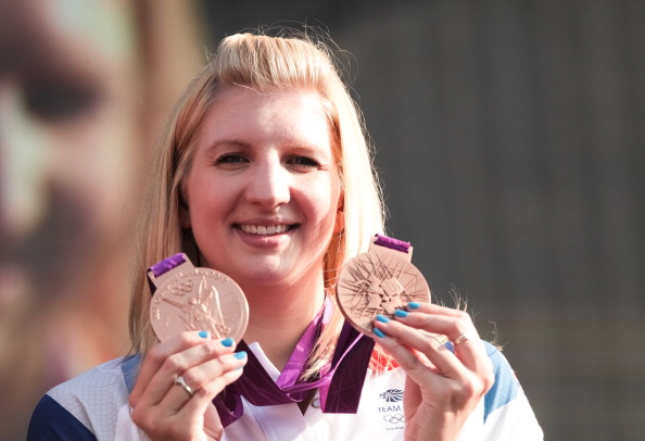 Rebecca Adlington_with_london_2012_medals_17-09-12
