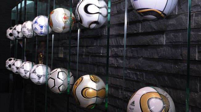 adidas footballs_3_Sept