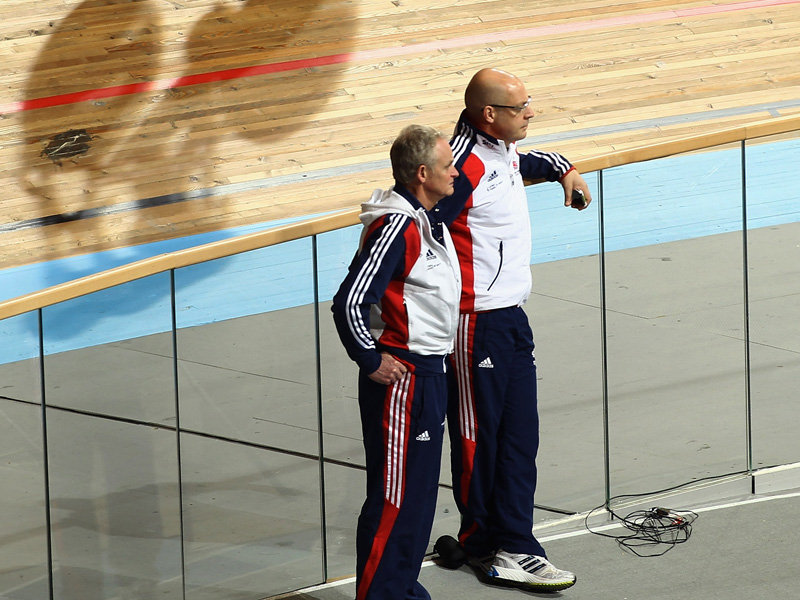 Steve Peters_and_Dave_Brailsford_25-10-1