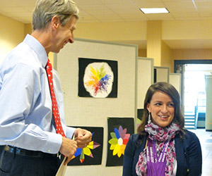 Victoria Arlen_with_New_Hampshire_Governor_John_Lynch
