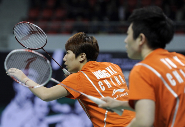 Wang Xiaoli__Yu_Yang_of_China_at_the_2011_Badminton_World_Superseries_Finals_in_Liuzhou