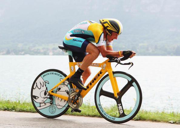 lance-armstrong-yoshimoto-nara-trek-bike
