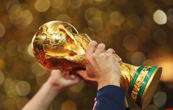 FIFA WORLD CUP TROPHY 28-11-12