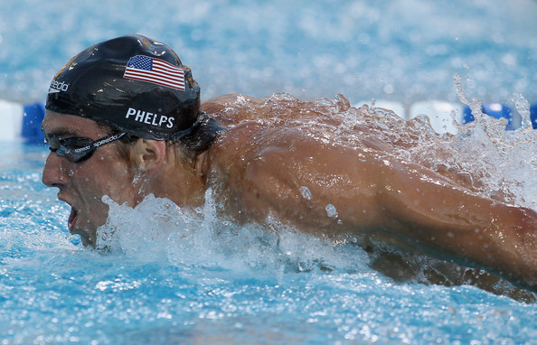 Michael Phelps wins 100m butterfly 2010 Pan Pacific Championships