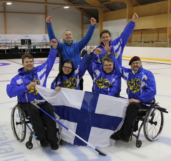 finland wheelchair curling squad 15-11-12