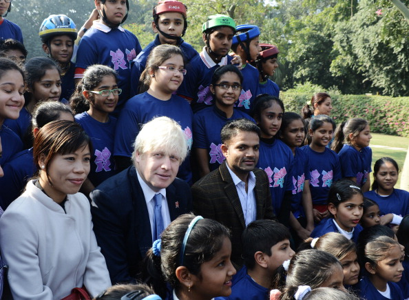 Boris Johnson with Mary Kom and Vijay Kumar Delhi November 26 2012