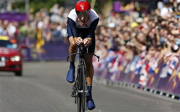 Bradley Wiggins wins London 2012 time trial