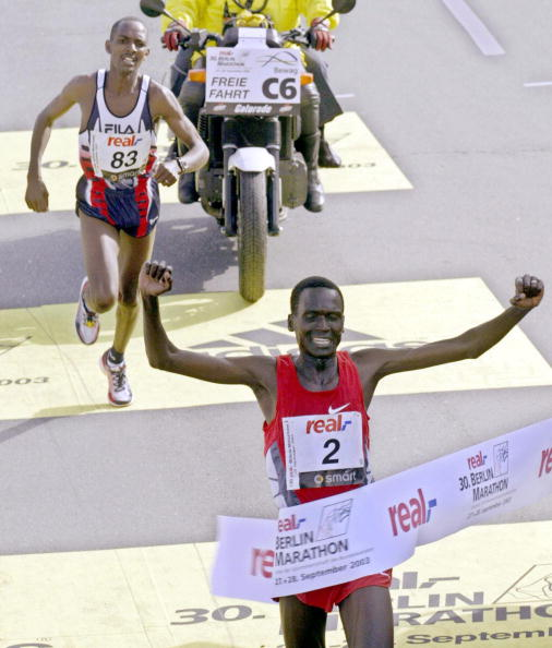 Paul Tergat sets world record Berlin Marathon 2003