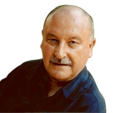 Alan Hubbard head and shoulders