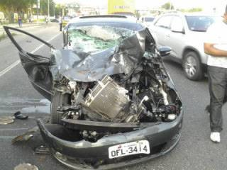 Alan Fonteles car after accident December 2012