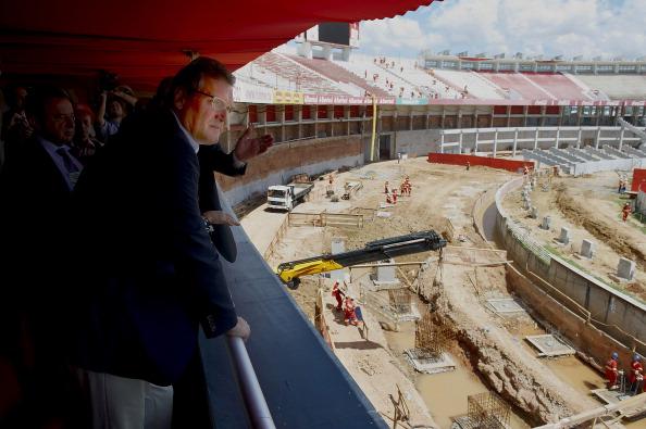 Jerome Valcke inspecting work at Porto Alegre