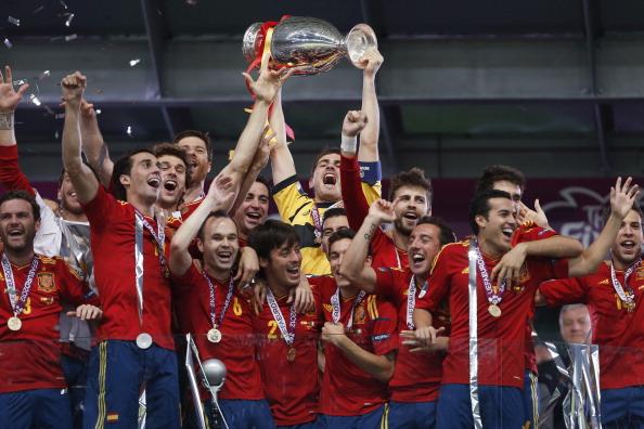 Spain celebrate winning Euro 2012 July 1 2012
