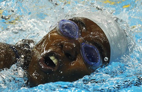 Ayouba-Ali Sihame swimming