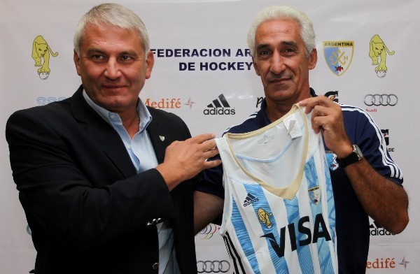 CAH President Daniel Marcellini with newly appointed Leonas coach Marcelo Garaffo