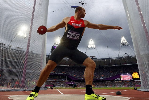 Robert Harting throwing discus at London 2012