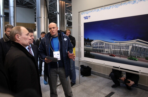 Dmitry Chernyshenko with Vladimir Putin Sochi February 6 2013