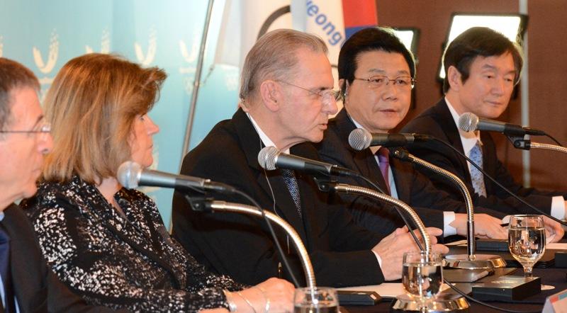 Jacques Rogge at Pyeongchang 2018 press conference Seoul February 1 2013 resized