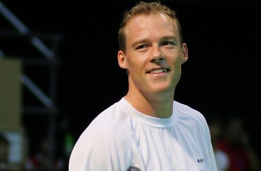 Kenneth Jonassen head and shoulders
