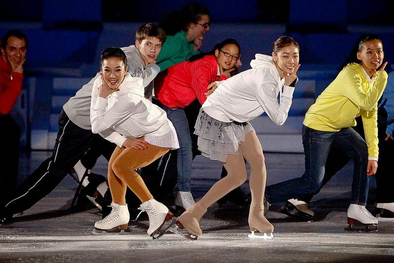 Kim Yu Na and Michelle Kwan at Pyeongchang 2013 Closing Ceremony