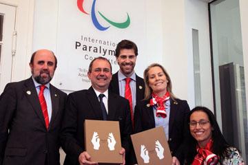 Madrid 2020 present candidature file to IPC