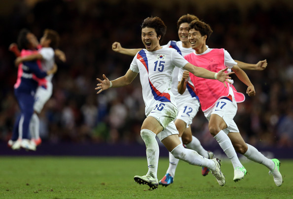 Park Jong-woo celebrating after South Korea won bronze medal London 2012