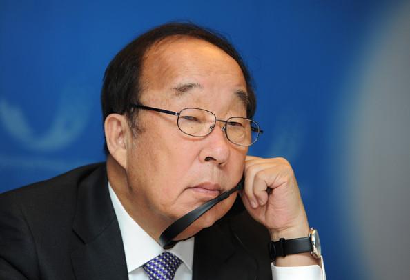 Park Yong-sung Durban July 2011