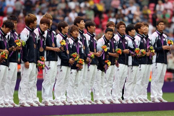 South Korean football team receive bronze medals London 2012