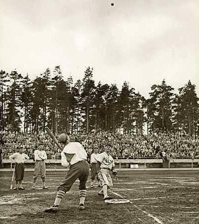 pesapallo at Helsinki 1952