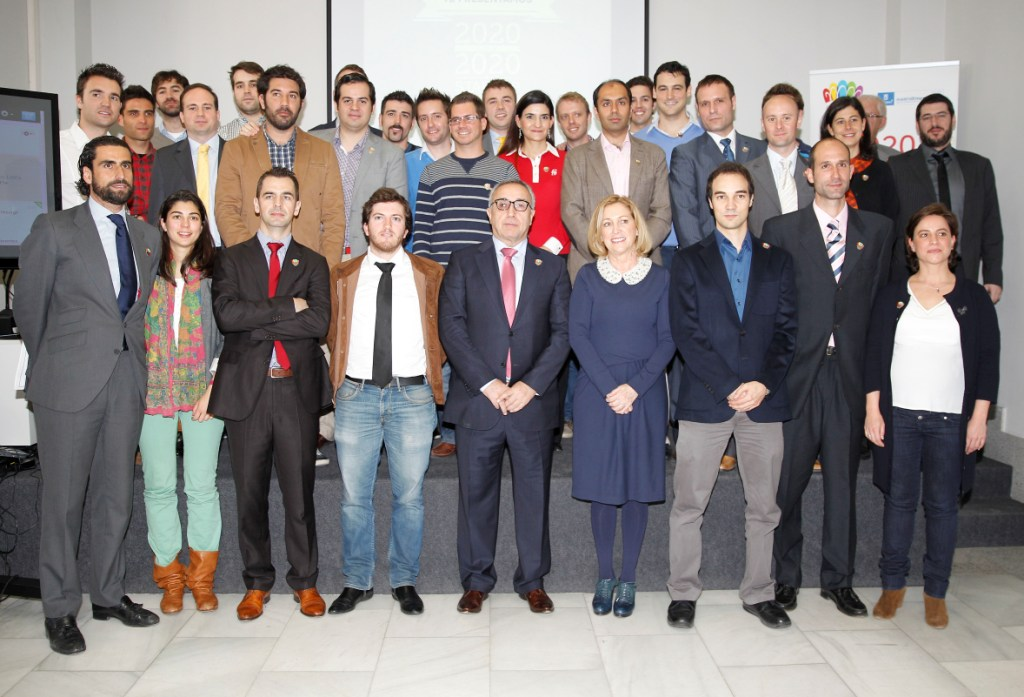 Alejandro Blanco with the selected entrepeneurs of the 2020 for 2020 Startup Madrid programme