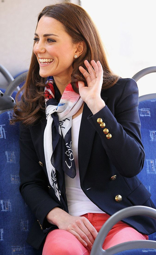 Team GB scarf modelled by Duchess of Cambridge