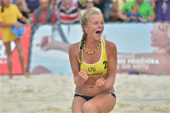 Youth Beach Volleyball