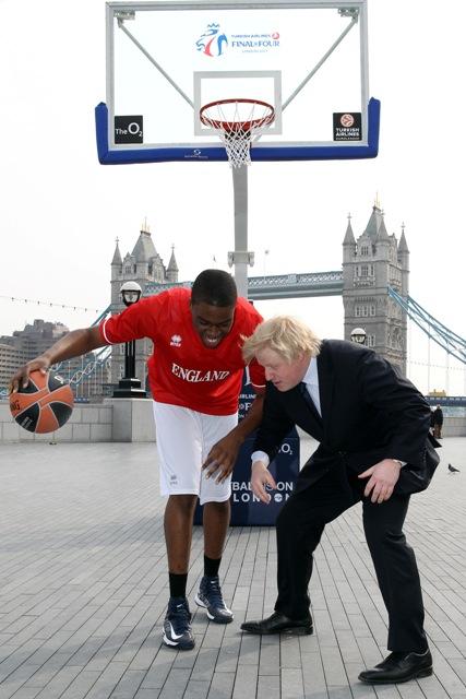 Boris Johnson takes on Pops Mensah-Bonsu Euroleague launch City Hall April 8 2013