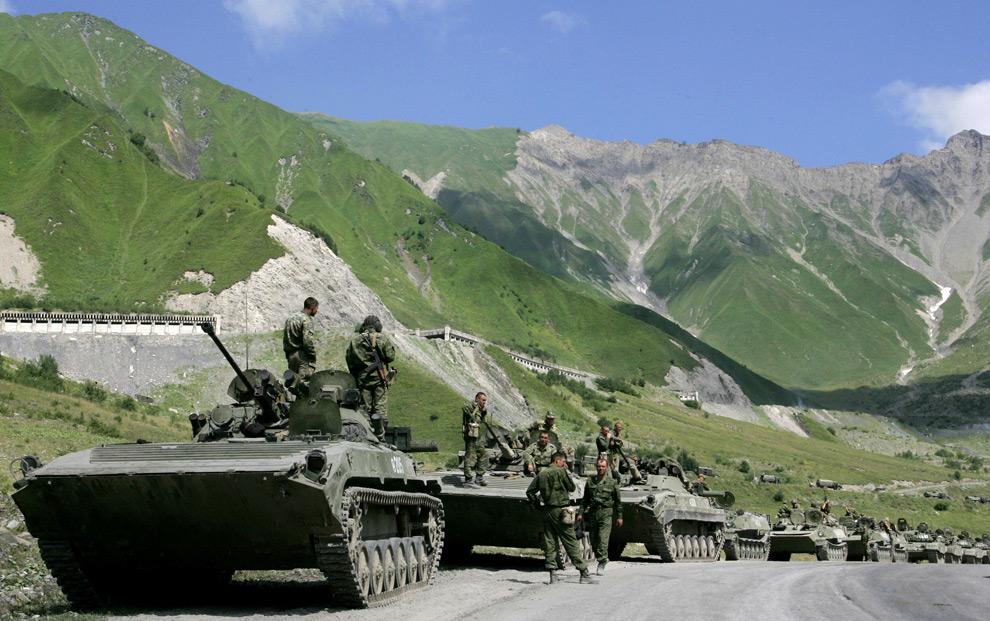 Russian tanks in Ossetia