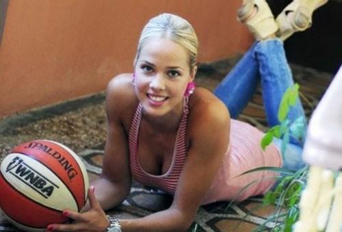 antonija-misura-cestista-croata-a-londra-2012-10