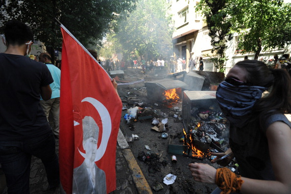 Istanbul riot 4 May 2013