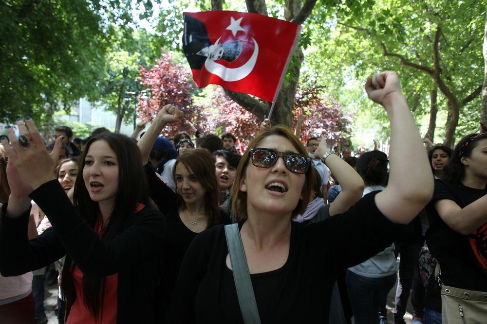 Istanbul riots 2 June 2013