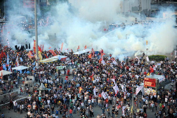 Protestors clash with Turkish riot police on Taksim square