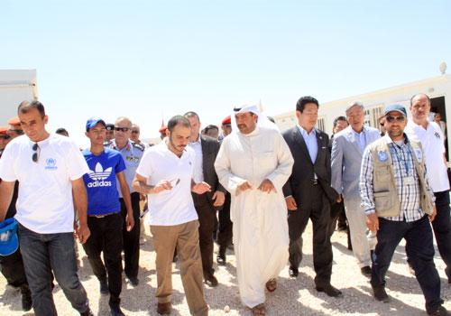 The OCA President during his visit to the Al-Zatari refugee camp