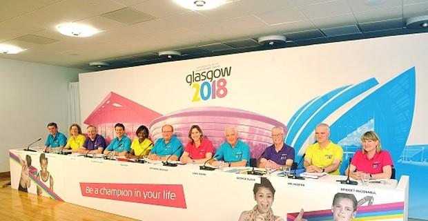Glasgow 2018 present to IOC
