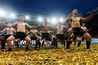 New Zealand players peform traditional dance after winng RWC