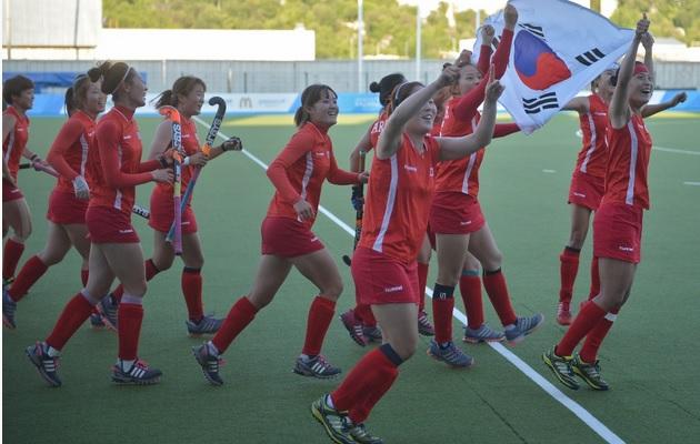 South Korea win the womens hockey tournament at the 2013 Universiade