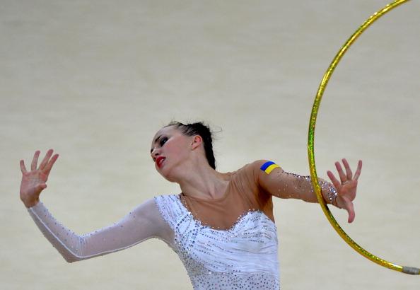 Ganna Rizatdinova has won the 2013 rhythmic gymnastics world title on hoop