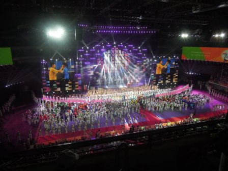 Nanjing waves goodbye at the end of the closing ceremony