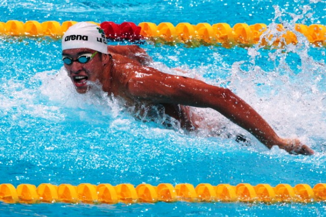 South Africas Chad le Clos looks to be the man to take over from Olympic great Michael Phelps in the mens butterfly