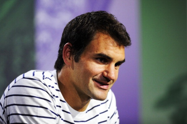 Tennis legend Roger Federer supports the campaign to get squash on the 2020 Olympic programme