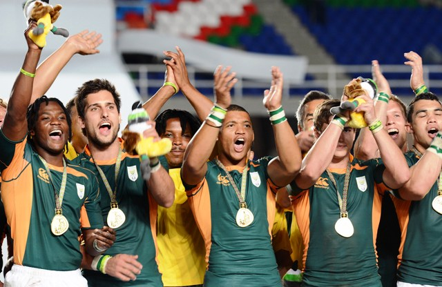 The victorious South African sevens squad celebrate their victoery at tthe World Games in Cali