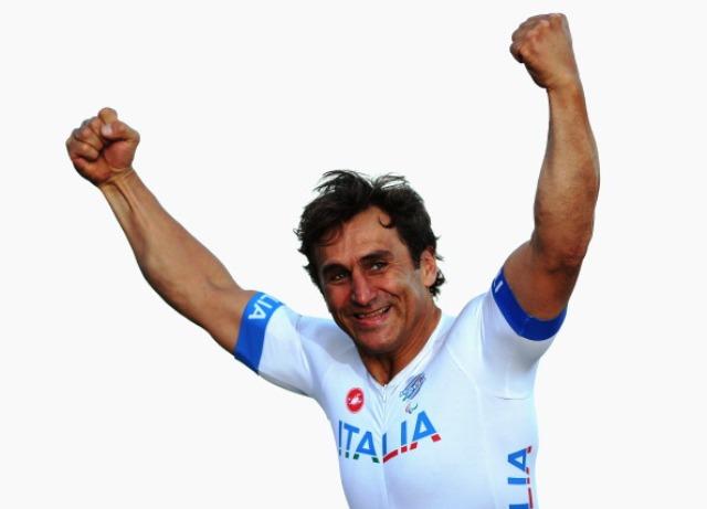 Alex Zanardi finished up with three world  titles at the 2013 Para-Cycling World Championships